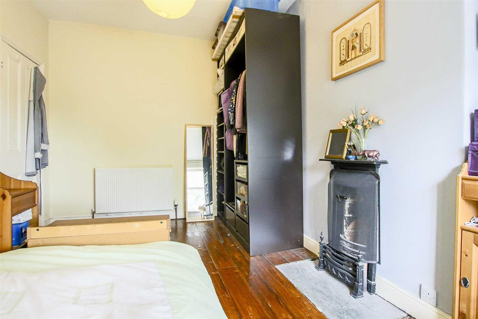 5 Bedroom Terraced House For Sale - Image 27
